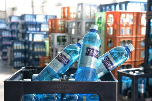 Mineralwasser - IXI Getränke Frankfurt Hausen Rödelheim